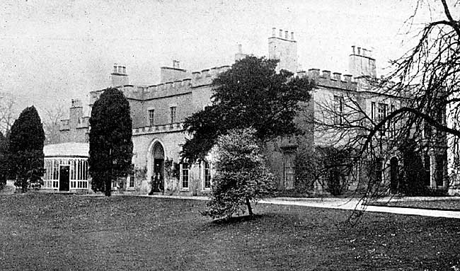 Chilwell Hall in 1900. The house was demolished in the 1930s and modern housing now occupies the site.
