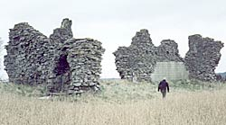 The ruins of Clipstone Palace in 2003.