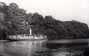 Steamer at Colwick, 1904.