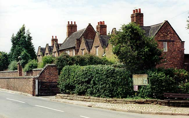 The Willoughby Almshouses were built in 1685 and endowed by George Willoughby (photo: A Nicholson, 2004).