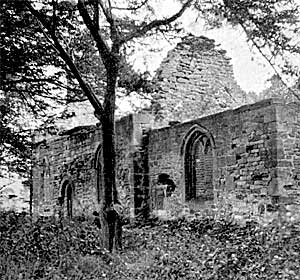 The roofless ruin of Haughton Chapel, c.1915.