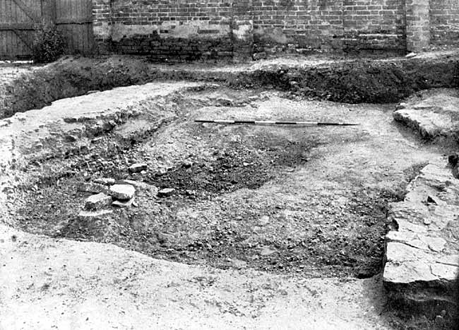 Lenton Priory—Foundations of north side chapel.