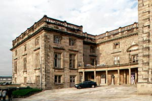 Entrance to Nottingham Castle in 2001.