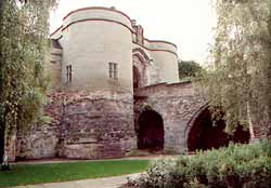 The heavily restored gatehouse to Nottingham Castle (A Nicholson, 2000).