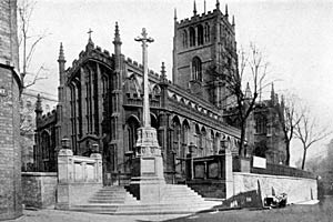 St Mary's church, Nottingham, in the early 1930s.