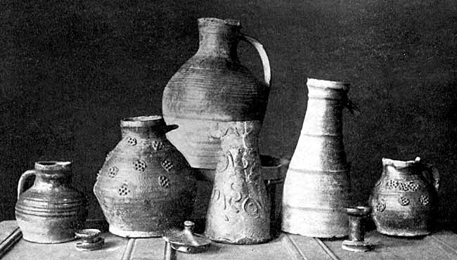 group of pottery found in nottingham
