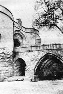 Nottingham Castle Gateway